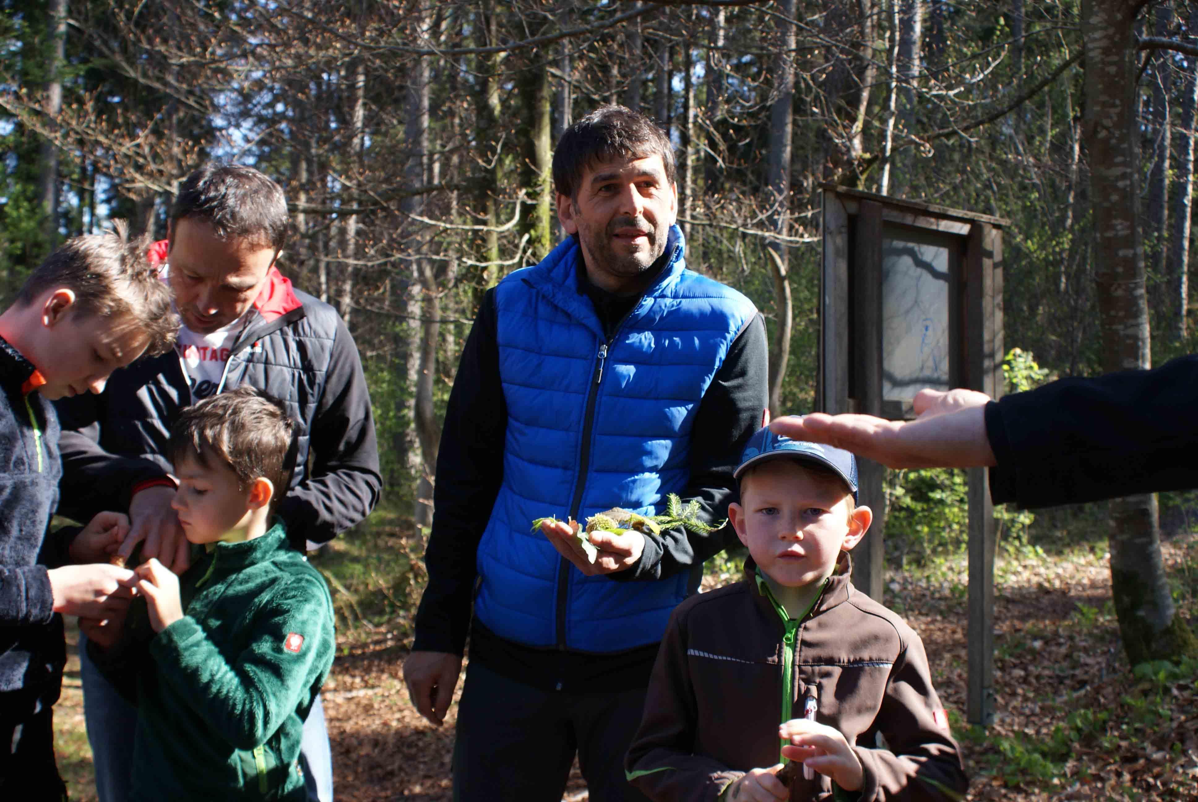 Nenzing: Vater-Kind-Abenteuer im Wald