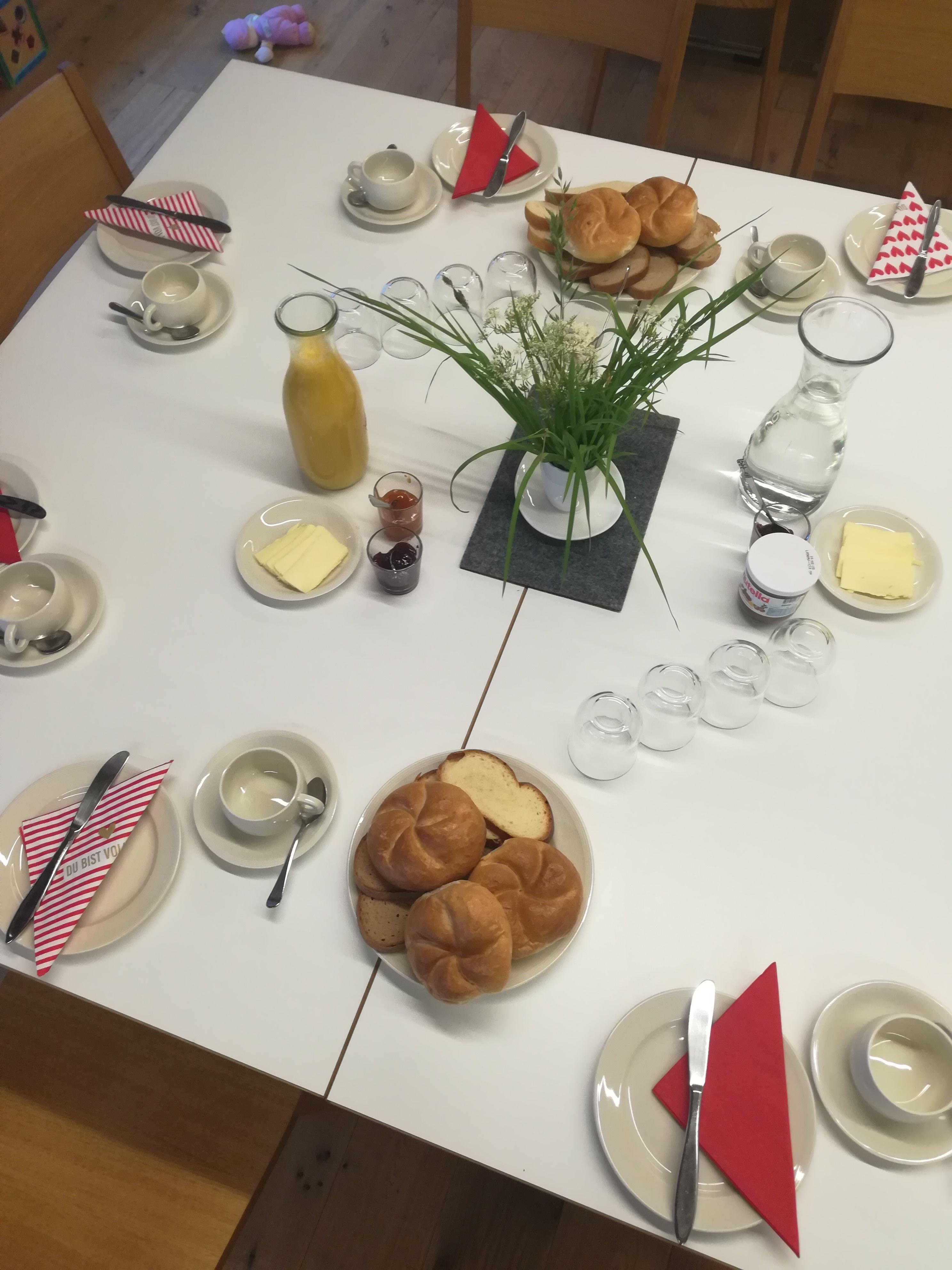 Bizau: Eltern-Kind Frühstück