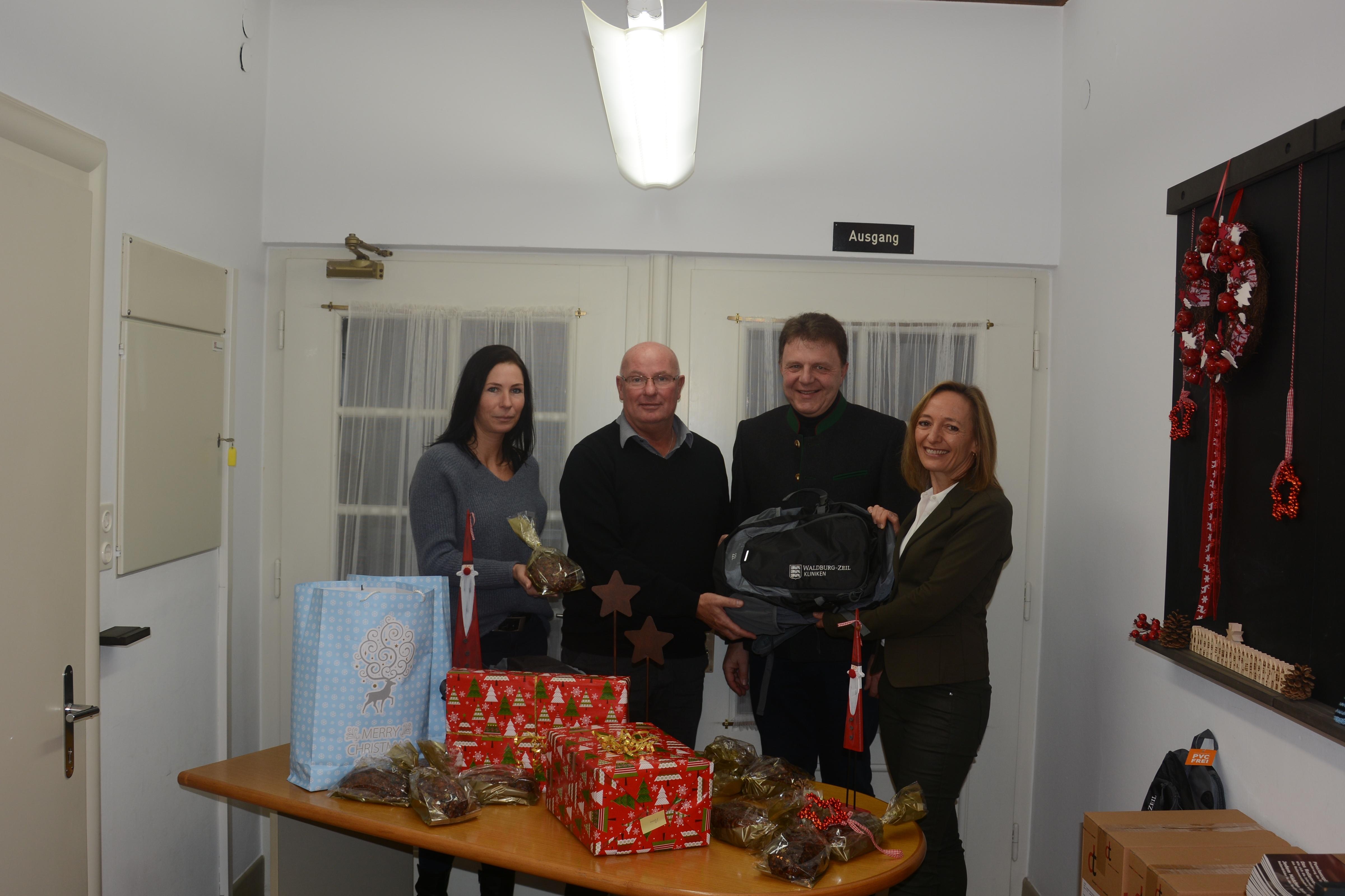 Bregenz: Sozialbetreuerinnen als Weihnachtsboten unterwegs!