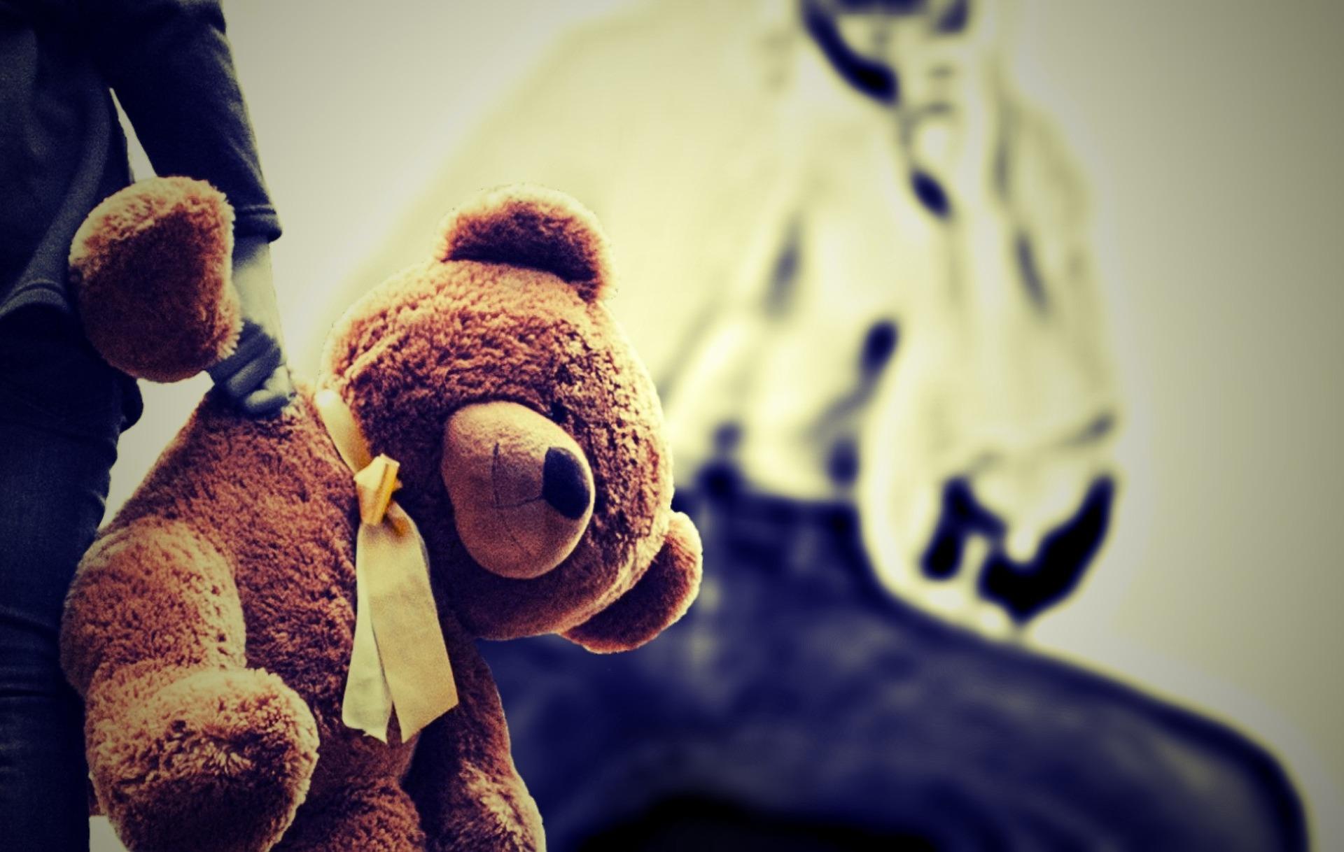 Führen die Belastungen der Pandemie zu mehr Gewalt an Kindern?